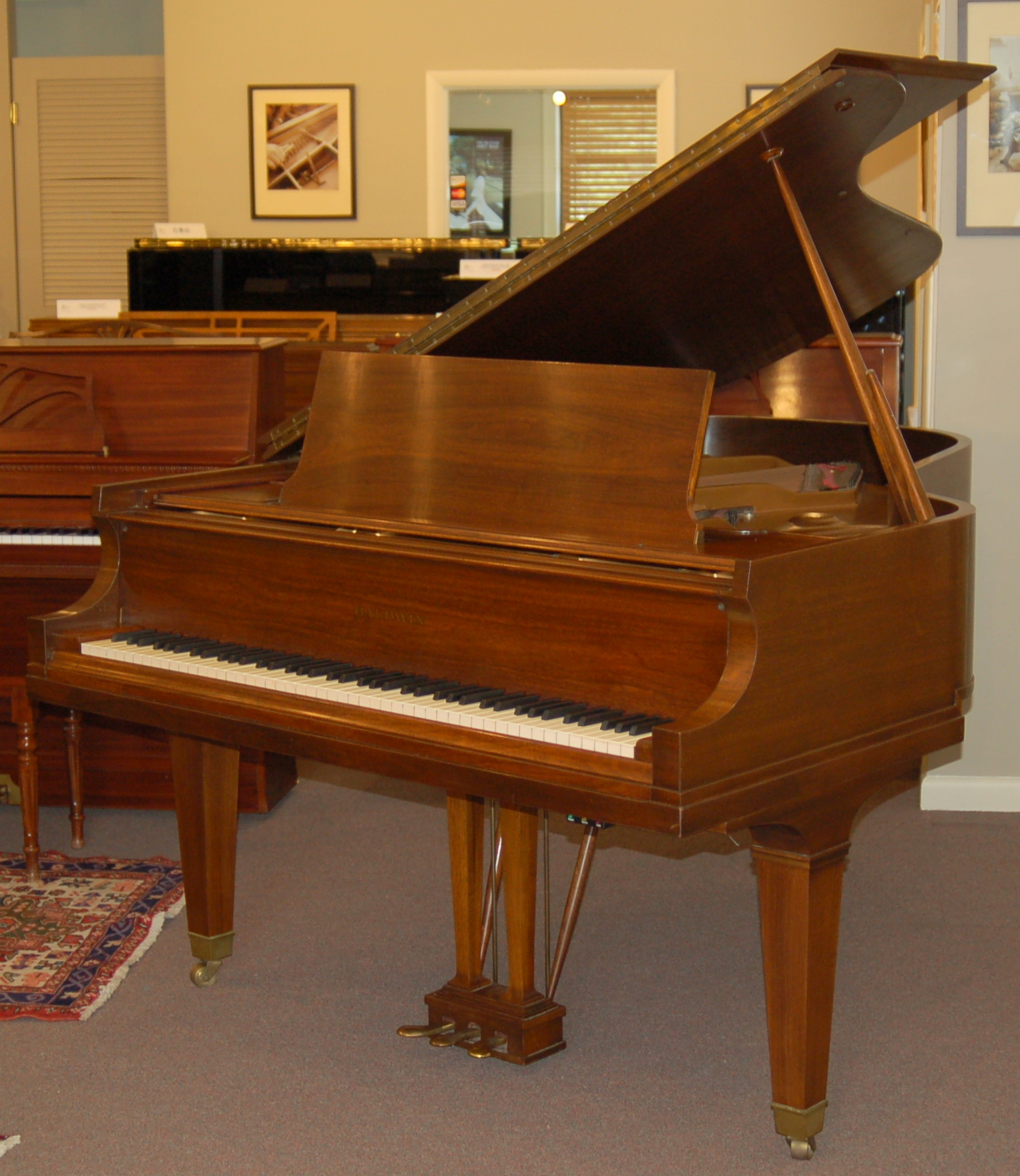 grand pianos for sale charlottesville used new pianos consignment. Black Bedroom Furniture Sets. Home Design Ideas