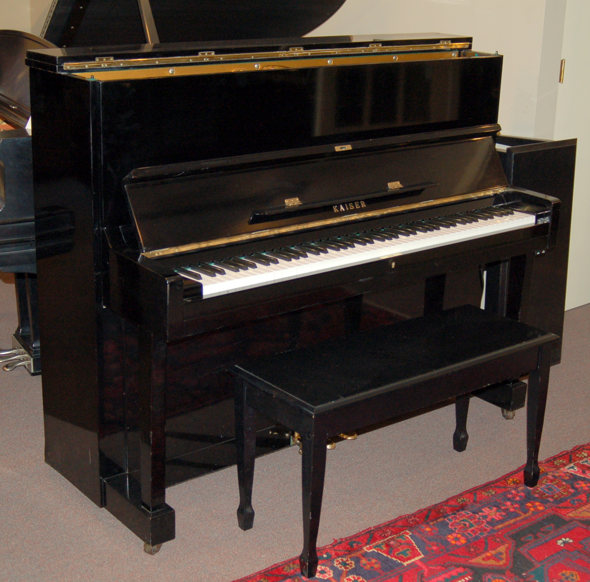 Upright pianos for sale charlottesville northern virginia for Yamaha studio piano